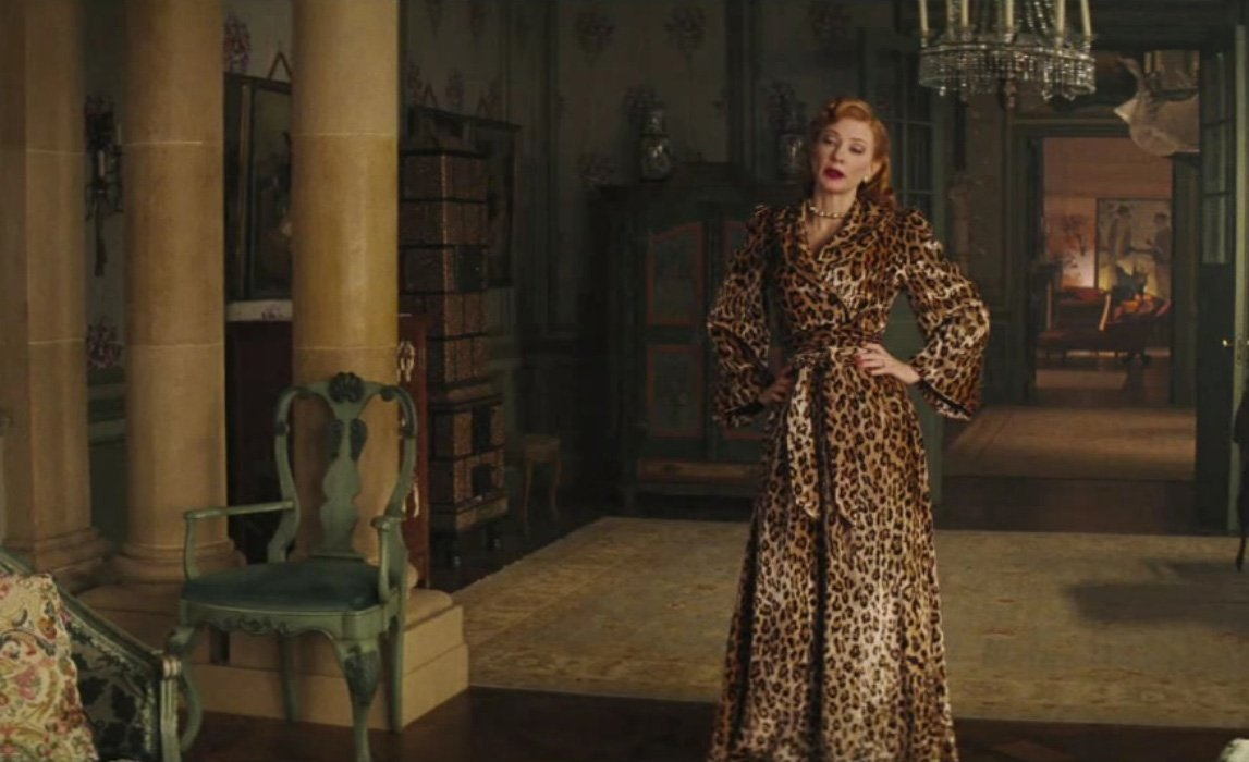 Lady-Tremain-in-her-leopard-coat-cinderella-2015-38164127-1680-1050
