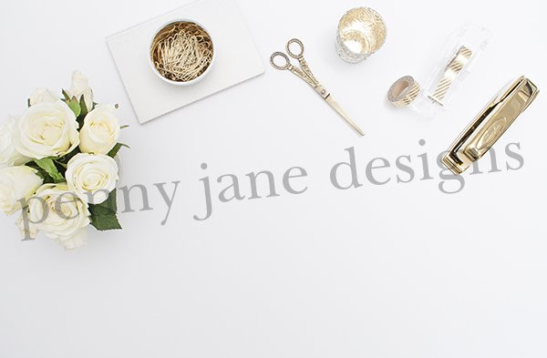 white-and-gold-desktop-small-2-o