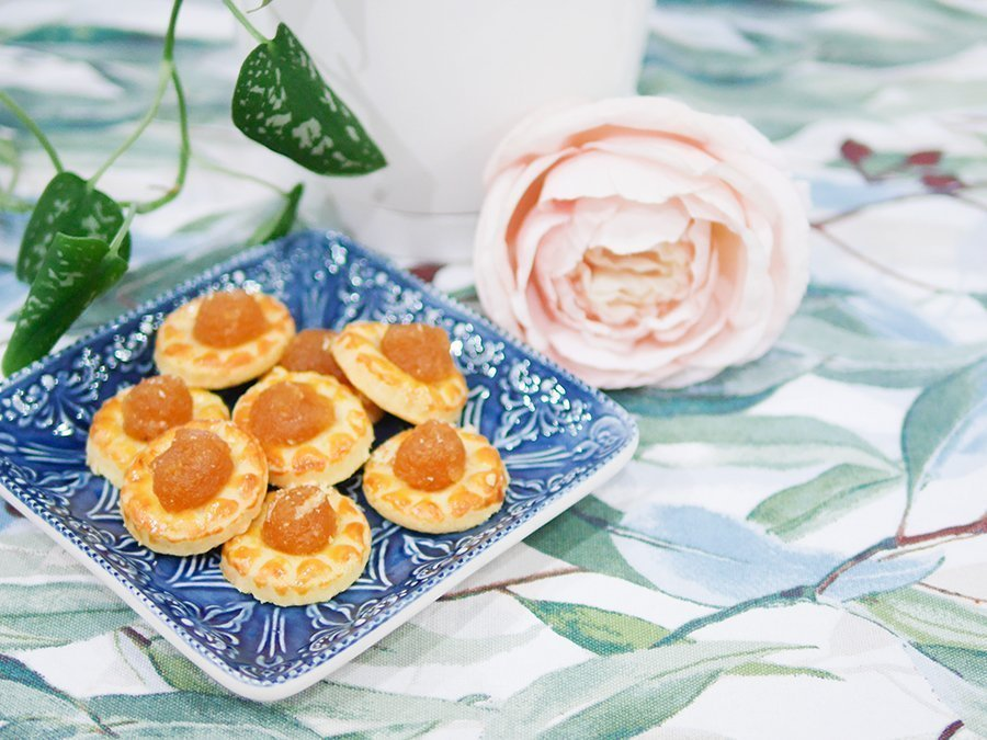 traditional pineapple tarts